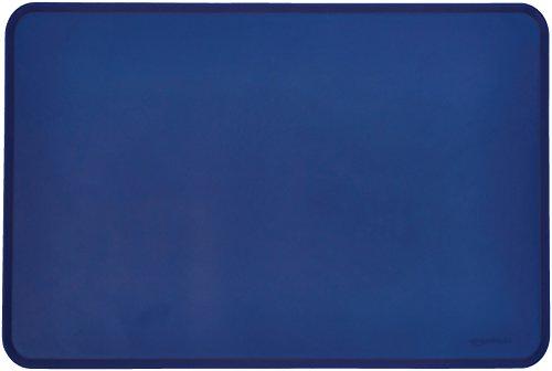 AmazonBasics - Wasserabweisende Napfunterlage aus Silikon, Unterlage für Haustierfutter, 61 x 41 cm, Blau