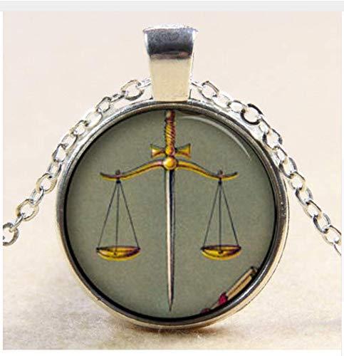 Halskette mit Anhänger Spirituelle Inspiration Waage of Justice Law, Vintage-Stil
