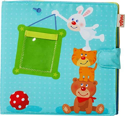 HABA 303143 - Baby-Fotoalbum Spielgefährten2 | Album aus Stoff mit 10 Seiten | Einstecktaschen für 8 Fotos im Format 10 x 15 cm | Ab 12 Monaten